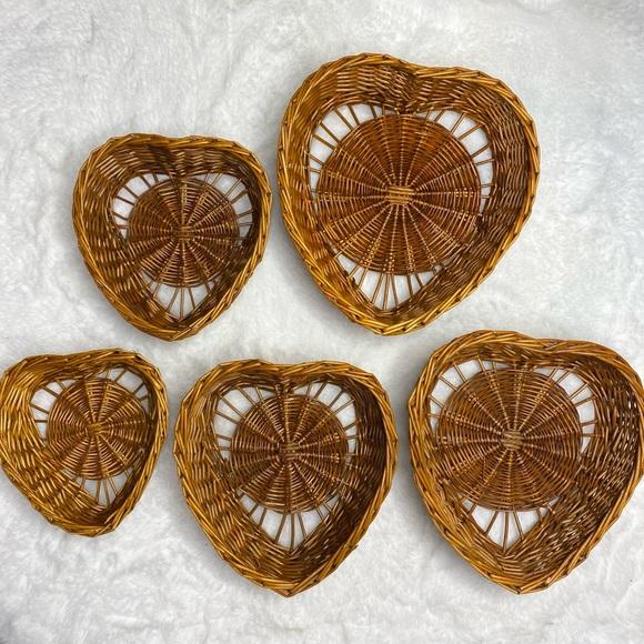 Vintage Wicker Nesting Heart Baskets Set of 5